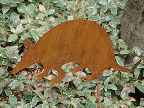 Metal GARDEN STAKE Yard Lawn Ornament Rusty Armadillo
