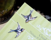 Stud earrings Sparrow Silver Post  Earrings sweet small cute Birds Girly Gift Retro Bridal Old Hollywood