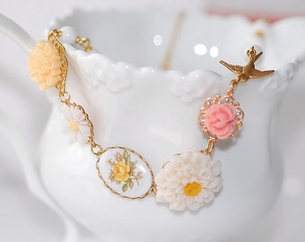 Free shipping Vintage Sparrow Blossom Necklace Bridal wedding shabby chic beach summer