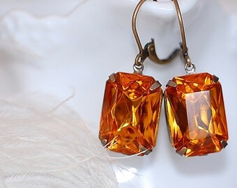 FREE SHIPPING Estate Earrings Honey Topaz  Retro Old Hollywood Bridal Rhinestone Glass Jewel VIntage