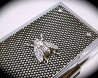 Silver Fly Card Case Metal Business Card Holder The Fly Case Silver Modern Industrial Design Men's Accessories Creepy Flying Insect Bug