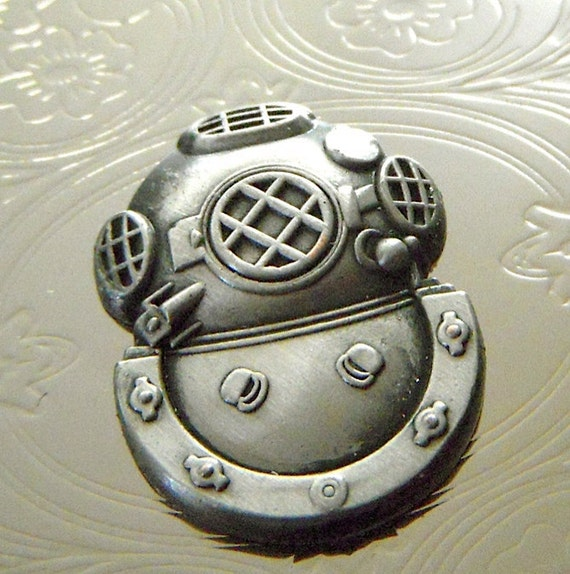 Card Case Diving Helmet Business Card Holder Silver Plated Slim Nautical Steampunk Style