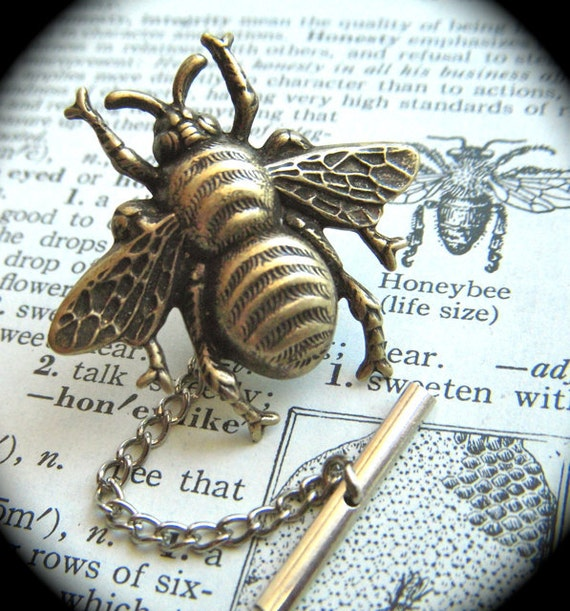 Anvil 83574 Ebony Antique Brass Beehive Door Knobs: Tie Tack Bee Brass Plated Big Bumble Bee Pin Men's