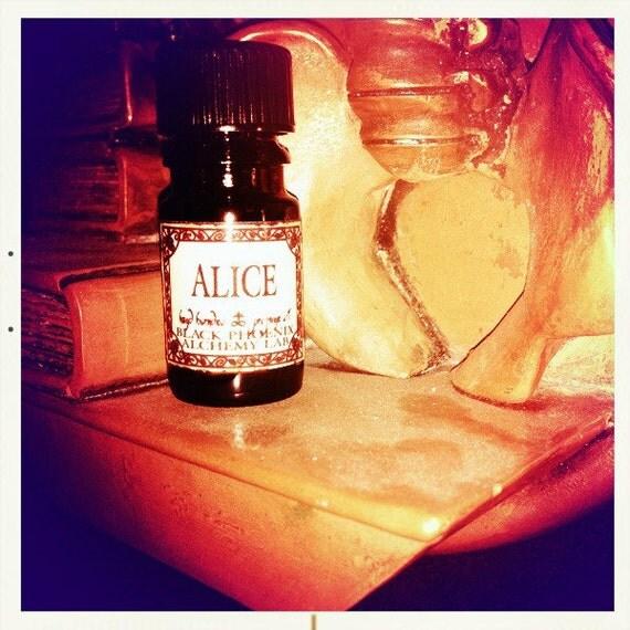 Alice: Black Phoenix Alchemy Lab Alice In Wonderland By