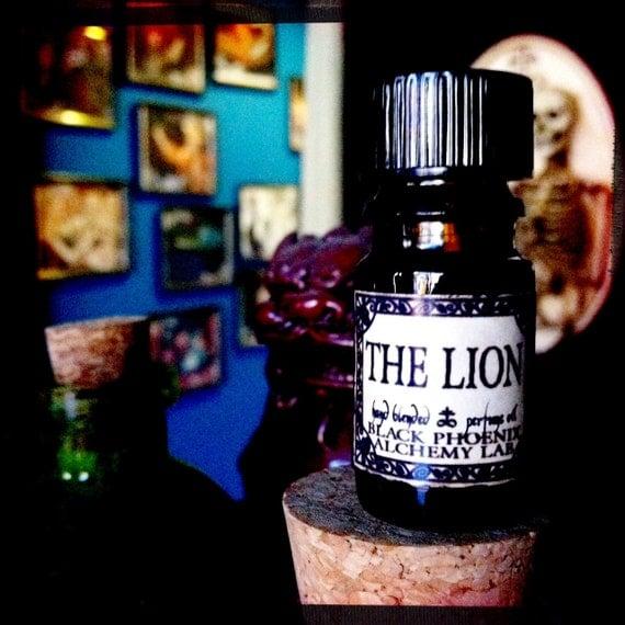 Lion: Black Phoenix Alchemy Lab Alice In Wonderland By
