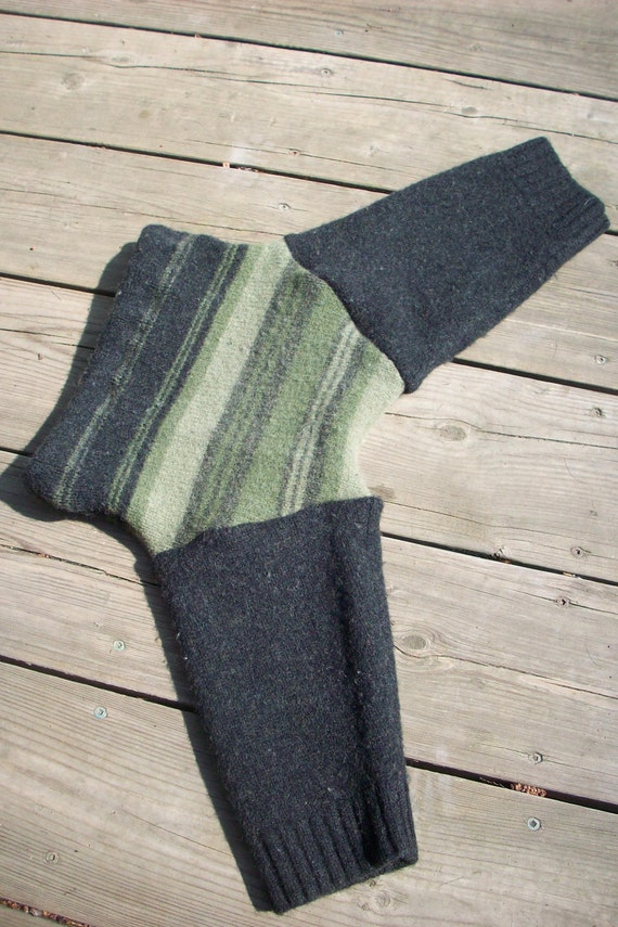 Olive Green and Black Recycled Lambswool Longies