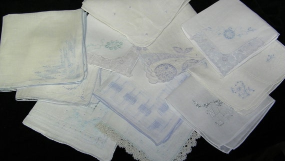 Vintage Lot of 11 Baby Blue Floral Embroidered  Bridesmaid Wedding Handkerchiefs, PERFECT,  7118