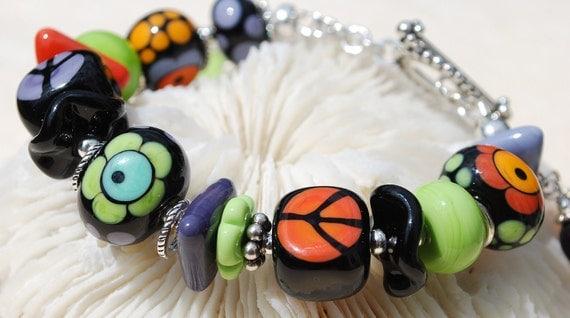 SALE-FEELIN' GROOVY- Handmade Lampwork and Sterling Silver Bracelet