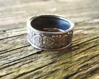 Romantic Wedding Band Vintage Sterling Silver Rustic Black Taille Heart Stamped Silver Ring