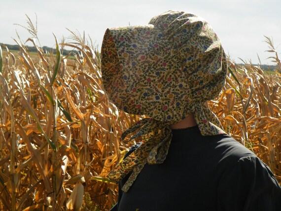Ladies Gold Floral Prairie Bonnet