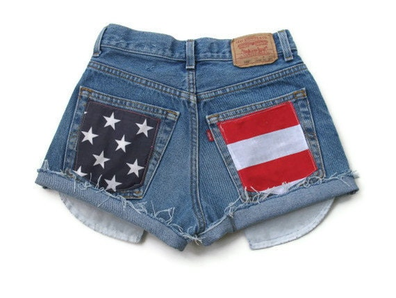 Levis High Waisted Shorts - American Flag Size 12