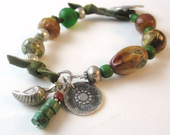 Green Leather Bracelet, Knotted Leather Bracelet, Sundance Style Jewelry, Natural Stone Jewelry