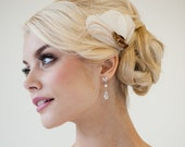 Bridal Fascinator, Wedding Headpiece, Ivory and Gold Feather Fascinator, Feather Hair Clip