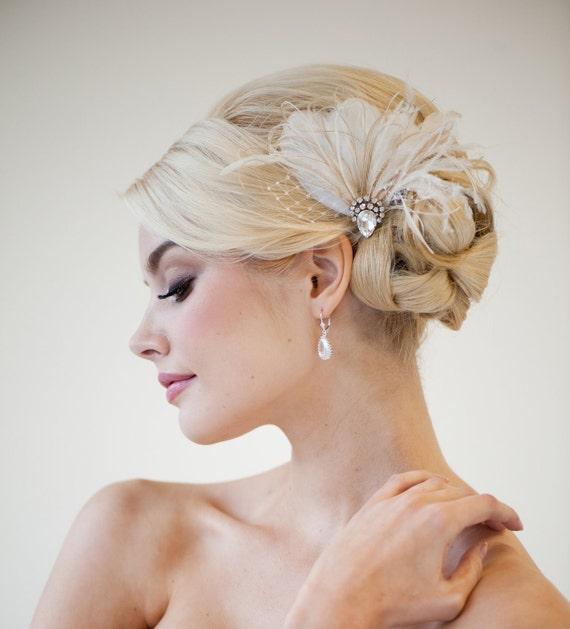 Bride Head Piece: Bridal Fascinator Wedding Headpiece Feather Fascinator