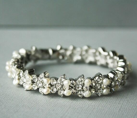 Bridal Bracelet, Freshwater Pearl and Crystal Bracelet, Wedding Bracelet