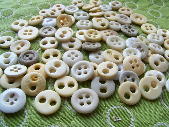 Lot of OLD Primitive Vintage Bone and Glass Civil War Era Underwear Buttons