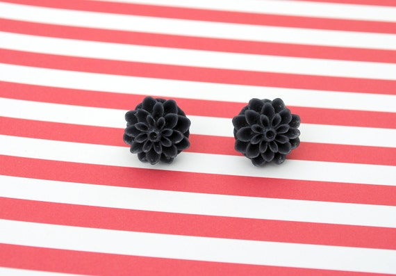 Navy Blue Chrysanthemum Cabochon Flower Earrings