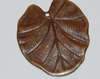 VIntaj Nouveau Leaf Pendant