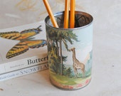 Papered Pencil Cup - Gorgeous Giraffe - Medium