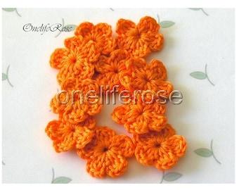 15 pcs Mini Crochet Flowers  Mandarin(00209)