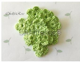 15 pcs Mini Crochet Flowers  Pistachiogreen(00219)
