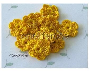 15 pcs Mini Crochet Flowers Yellow(00208)