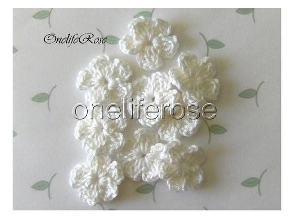 Crochet Flowers WHITE
