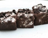 Gourmet JUMBO Cookies and Cream marshmallows - 12 pieces