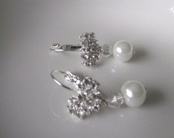 Crystal and Pearl Earrings Gorgeous Sparkly Crystal component Wedding Beaded Earrings