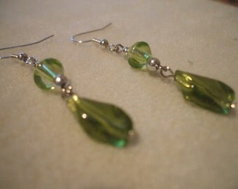 Green Peridot Silver Dangle Earrings