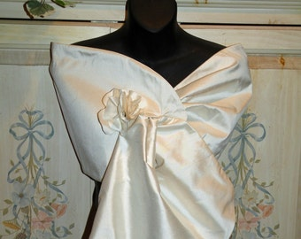 Silk Dupioni Wrap Shawl in ivory..Hands Free..Clutch/Wristlet to match..Bridal..Wedding..Party..Evening