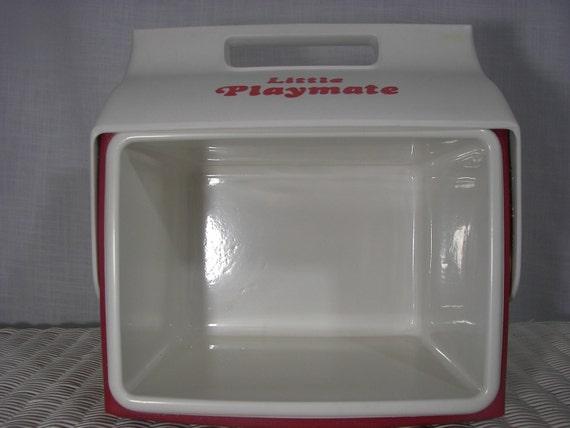 Vintage playmate by igloo cooler red - Igloo vintage ...