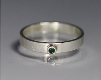 1 Stone on Shank Ring, Sm. (Emerald) size 6