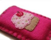 Strawberry Cupcake Iphone Cozy
