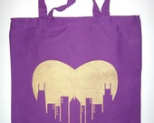 Chicago Love Tote Bag in Purple (gold image)