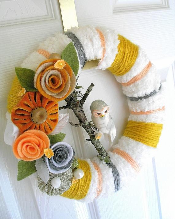 Fluffy White and Mustard White Owl Yarn Wreath