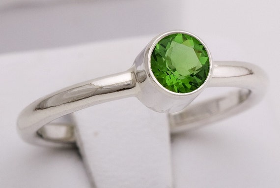 Green Helenite Tube Set Ring Handcrafted by TJRJewellery on Etsy