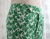 RESERVED    Vintage Unisex Green Swallow Print LEE Brand Flared Pants