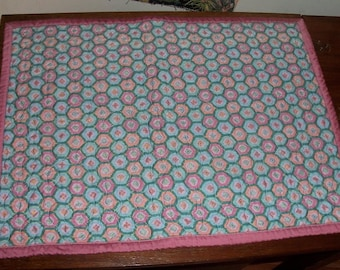 Pink Honeycomb Table Topper