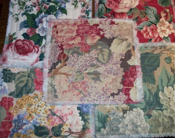 Quilted Floral Broadcloth 5 Piece Utility Textile Set