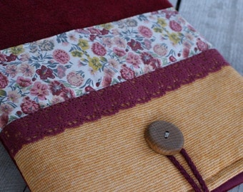 Laptop sleeve for 13 inch Macbook/ tapestry/ cotton