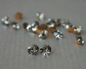 20 Pieces 4mm,4.5mm, 4.8mm Silver Gray Black Diamond Vintage Rhinestones Chatons
