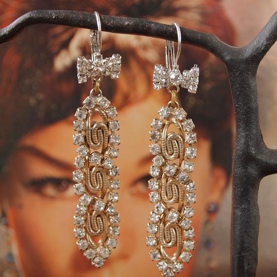 Retro Las Vegas Gold Chain Rhinestone Showgirl Earrings Bow Ties Silver Screen Dreams