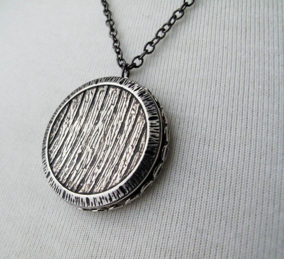 silver woodgrain button necklace standard length by itsastitch
