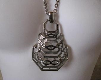 Vintage LISNER Pendant Necklace
