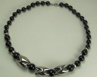 Beautiful Vintage Designer ONYX and SILVER NECKLACE