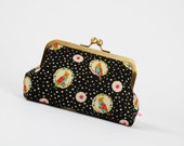 Bag pouch - Echino Parakeets on black - metal frame pouch