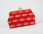 Cosmetic pouch - Retro card in red - metal frame pouch