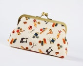 Bag pouch - Retro sewing room - metal frame clutch bag