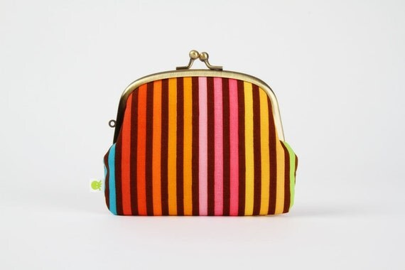 Pop up - Remix stripes on brown - double metal frame purse